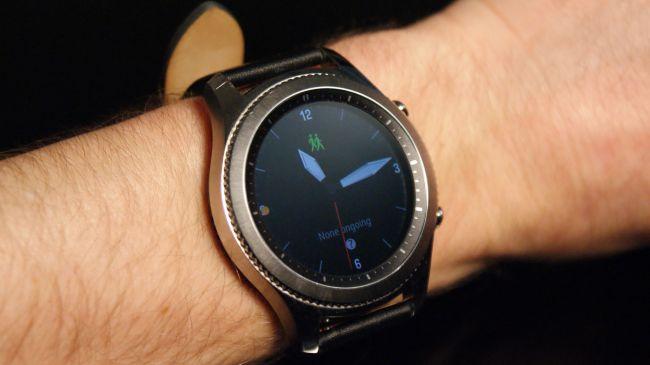 Samsung Gear S3 best voip business phone system provider uk.jpg
